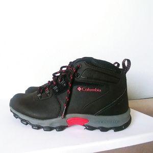 Columbia Newton Ridge Waterproof Hiking Boots